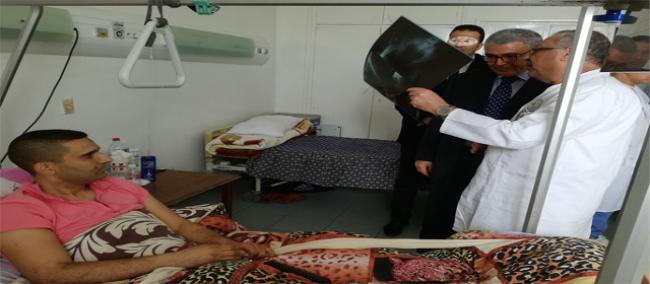 وزارة الدفاع تتكفل بكل مراحل علاج ونقل المصابين في انفجار لغمين
