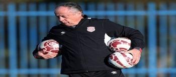 إقالة مدرب النادي الإفريقي برتران مرشان
