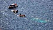 الوحدات البحرية تنقذ 5 تونسيين كانوا يعتزمون اجتياز الحدود البحرية خلسة في اتجاه السواحل الإيطالية تعطّب مركبهم شرق منطقة العطايا، (جزيرة قرقنة)