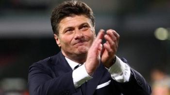 نادي تورينو الايطالي يقيل مدربه والتر ماتزاري