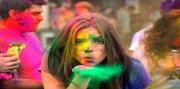 وسط مخاوف من فيروس كورونا احتفالات الهند بمهرجان الألوان تتقلص