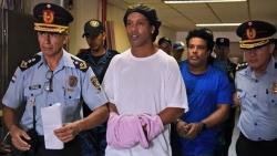 الإفراج عن رونالدينيو ووضعه قيد الإقامة الجبرية