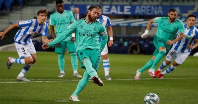 ريال مدريد يهزم سوسيداد وينتزع قمة الدوري الإسباني