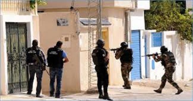 بنزرت : إلقاء القبض على ثلاث أشخاص كانوا يرصدون مساكن عدد من العسكريين